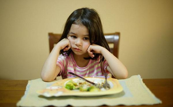 Chăm sóc trẻ suy dinh dưỡng cần có kế hoạch khoa học